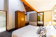DH Te Anau Deluxe Garden Villa Suite MD9954 Distinction Te Anau Hotel & Villas