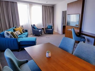 DH Christchurch - Superior 1 Bdrm Suite