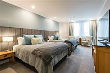 DH Christchurch Classic Twin Room RL46