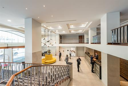 DH Christchurch Lobby & Staircase RL8
