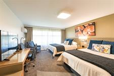 DH Hamilton - Superior Twin Room RL11