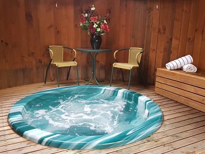 DH Te Anau - Spa Pool Distinction Te Anau Hotel & Villas