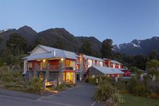 DH Fox Glacier - Exterior Evening