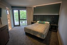 DH Luxmore - Standard Room DT154-2019
