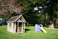 Children's Playarea Wellington's Kiwi Holiday Park Wellington's Kiwi Holiday Park