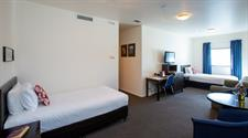 DH New Plymouth Large 2 Bdrm Studio GC3390