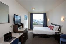 DH New Plymouth Studio Queen GC3264