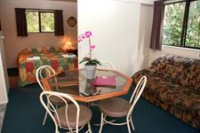 Motel Units Wellington's Kiwi Holiday Park Wellington's Kiwi Holiday Park