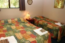 Wellington's Kiwi Holiday Park Motel Units Wellington's Kiwi Holiday Park