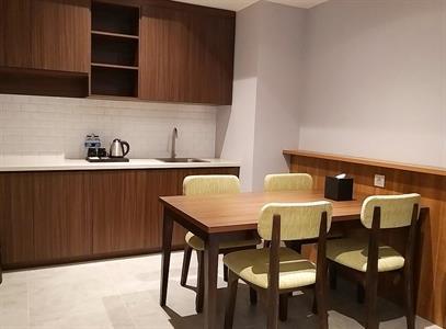 Family Suite Dining Area Swiss-Belinn Bogor