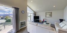 Distinction Wanaka - 3 Bdrm Apartment MD20