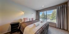 Distinction Wanaka - 3 Bdrm Apt Master MD20