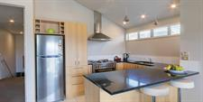 Distinction Wanaka - 3 Bdrm Apt Kitchen MD20