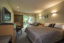 Dunedin Leisure Lodge Superior King SG4110 Dunedin Leisure Lodge - A Distinction Hotel