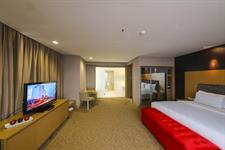 Honeymoon Suite Swiss-Belhotel Mangga Besar Jakarta