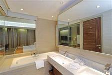 Executive Suite Swiss-Belhotel Cirebon