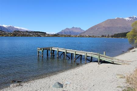 Beach and jetty (without Keiths fenders) Villa del Lago