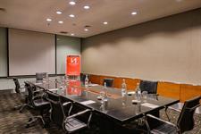 Magenta Meeting Room Swiss-Belhotel Mangga Besar Jakarta