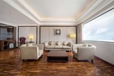 Suite Room Swiss-Belhotel Harbour Bay
