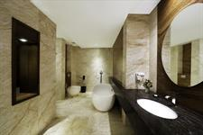 President Suite Bathroom Swiss-Belhotel Harbour Bay
