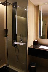 Superior Bathroom Swiss-Belhotel Harbour Bay