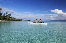 d - Sofitel Moorea Ia Ora Resort - Canoe on the La
