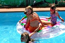 heated-swiming-pool