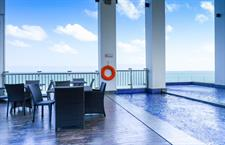Swimming Pool Swiss-Belhotel Balikpapan