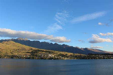 Spring Mountai View Villa del Lago