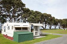 Pukeko Caravan (1)