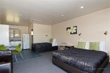 Motel Studio