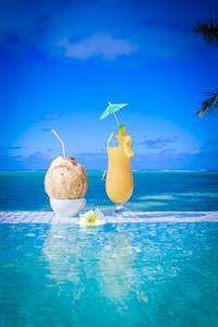DRINKS in the pool Crystal Blue Lagoon Villas