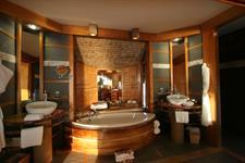 1b - Le Tahaa Island Resort & Spa - Tahaa Overwate Le Taha'a Island Resort & spa