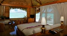 4a - Le Tahaa Island Resort & Spa - End of Pontoon