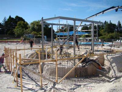 The Beginnings Of The Swim Up Bar & Cafe Lake Taupo Holiday Resort