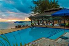 On the Beach Restaurant 3 Manuia Beach Resort