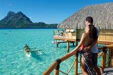 Bora Bora Romance - Tahiti Pearl Beach Resort - canoe breakfast Bora Bora Pearl Beach