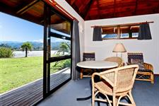 PacificHarbourRoom4