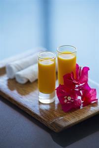 c - Le Meridien Resort Tahiti - Welcome Tropical F Tahiti Ia Ora Beach Resort