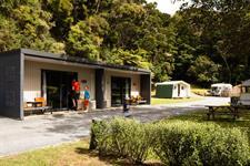 Family Cabin Exterior Paihia Top 10