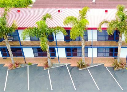 Motel Carpark Aaron Court Motel Hamilton